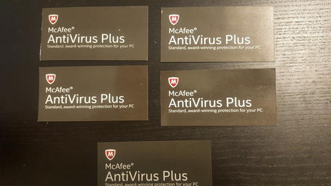 McAfee Antivirus / Anti virus Plus License Card (JUAL BORONGAN)