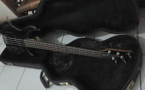 Bass FENDER mb-4(japan)thn'96..Plus Hardcase