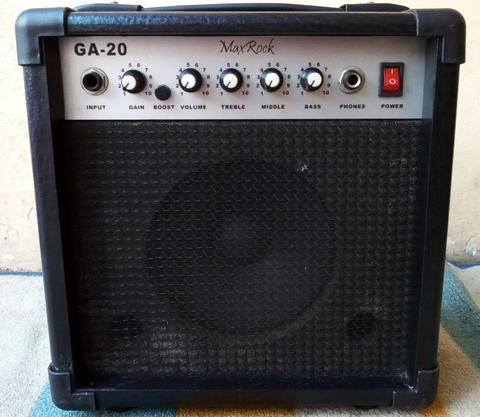 Guitar Amplifier Max Rock