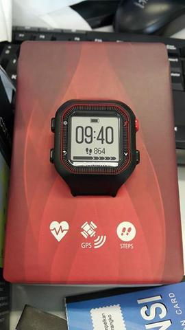 Garmin Forerunner 25 BlackRed with HRM Bundling