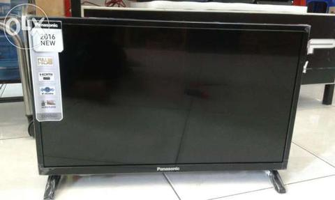 Kredit Panasonic Smart TV 40 in