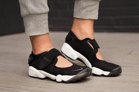 "Nike Air Rift - Black White ""PREMIUM HIGH QUALITY"""