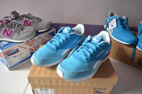 OBRAL Sepatu Reebok Royal CL Jog 2hs Women Original Murah (Not Nike, Adidas)