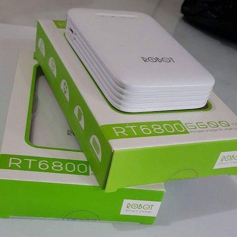 powerbank Robot R6800