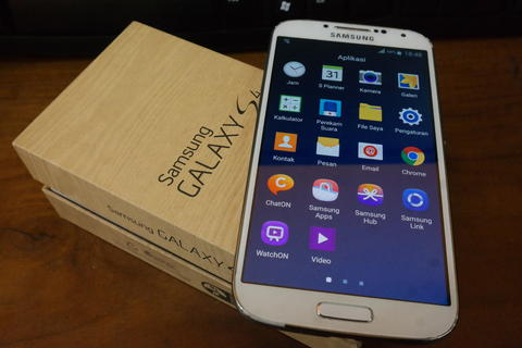 Samsung Galaxy S4 Original (I9500) White Internal 16GB