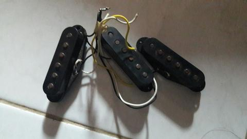 Wah Cry baby gcb 95 & Pick up gitar fender MIM