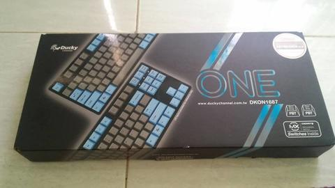 [WTS] Ducky ONE TKL Non Led PBT Blue Gray Blue Switch