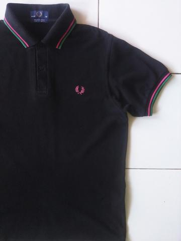 Terjual Fredperry fred perry polo shirt twin tipped size 40  4e23078bef