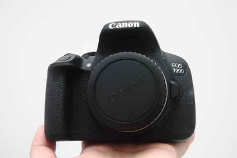 Canon 700D Body Only LIKE NEW!!