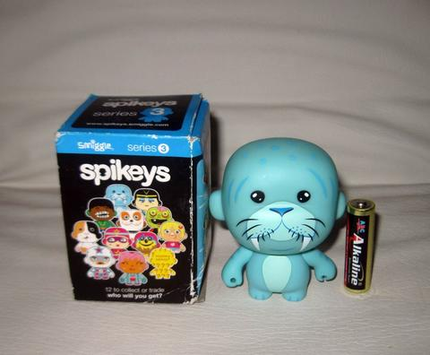 Action Figure Smiggles Spikeys Series 3 Wally Original
