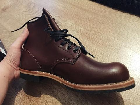 Red wing Beckman boots 100% Authentic size 10 us