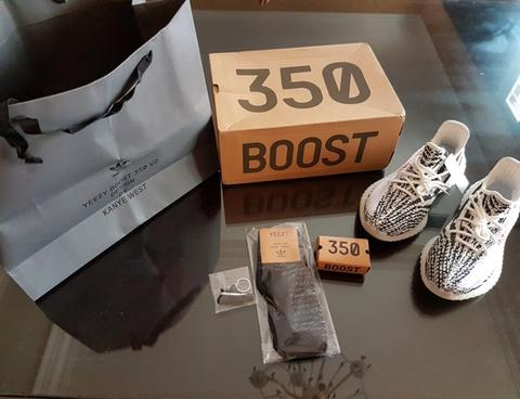 24d32f436c069 Terjual  DeLux  Adidas YEEZY BOOST V2 350 n V1 REAL BOOST 1 1 Best ...