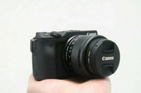 Mirrorless Canon EOS M3 + 15-45mm LIKE NEW Baru Sebulan!!