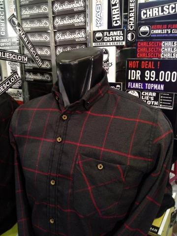 Kemeja Flanel Size XL Distro Charliescloth LIMITED EDITION