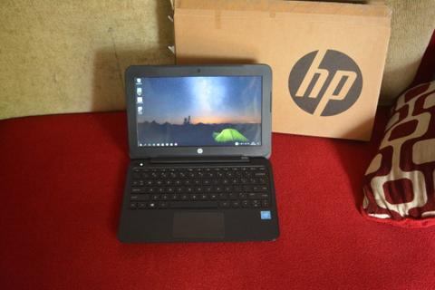 Laptop slim 11'6in HP 11 intel baytrail N2840 hd500GB tipis mulus elegan
