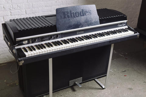 Fender Rhodes Suitcase 88 electric piano