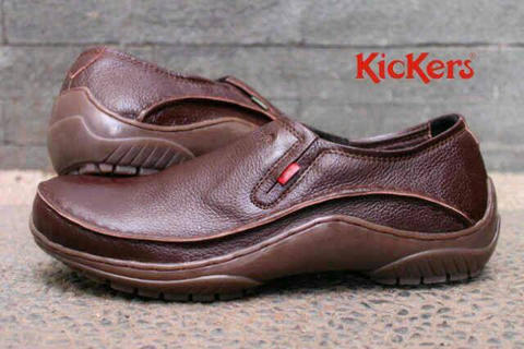 Kickers Kulit Slipon Formal Kerja