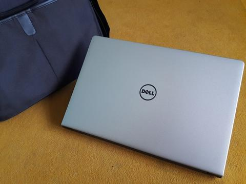 Laptop Dell Inspiron 5555 AMD A10 8700p | Ram 8GB | Keybot nyala | Gaming | Malang