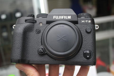 [STATION CAMERA] FUJIFILM X-T2 BODY ONLY SUPER LIKE NEW GARANSI FFI JAN 2018 FULLSET