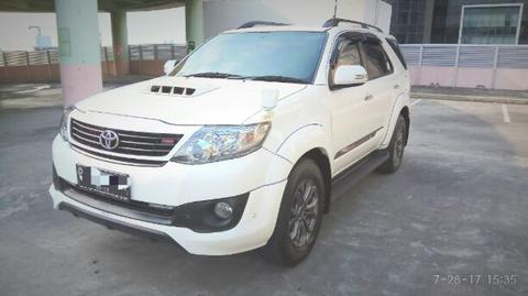 Toyota Fortuner TRD Sportivo VNT Automatic Diesel Putih 2014