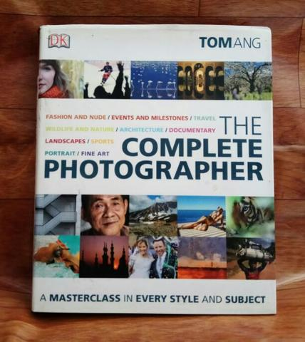 Buku The Complete Photographer