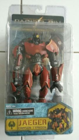 Neca Pacific Rim - Crimson Typhoon