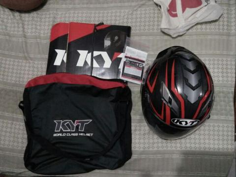 kyt vendetta 2 red carbon ukuran L