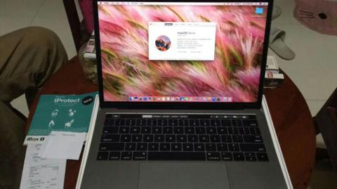 "MACBOOK PRO 13"" CORE I5 2.9GHZ THUNDER BOLT 3 PORTS LIKE NEW BELI DI IBOX MEI 31"
