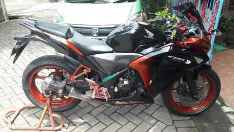 [WTS] HONDA CBR 250R TH 2011