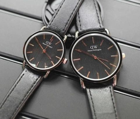 JAM TANGAN COUPLE DW/DANIEL WELLINGTON POLOS LEATHER BLACK.