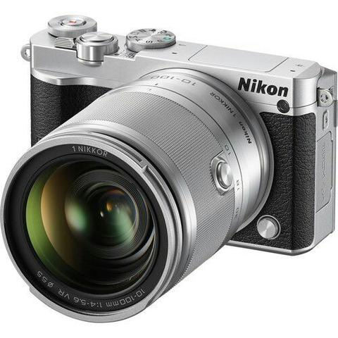Nikon 1 J5 with 10-100mm Mirrorless Kredit Kamera