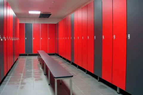 compact honer cubicle bandara airport toilet locker lemari meja partition partisi