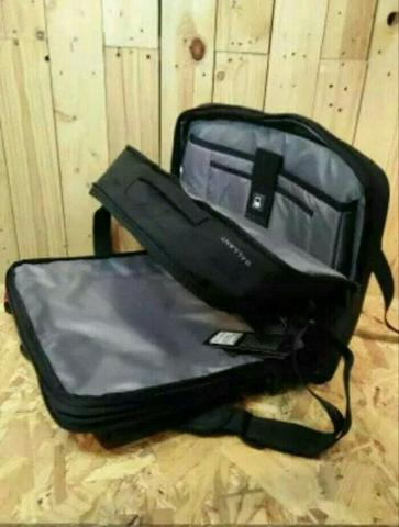 Jual Tas Bodypack Gallant Black 3 in 1 Ransel Slempang Jinjing ... 599155c38a