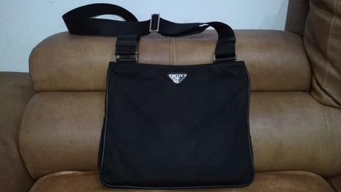 Terjual Jual Tas PRADA Nylon - Black Nero - Sling Unisex AUTHENTIC ... 3020140829
