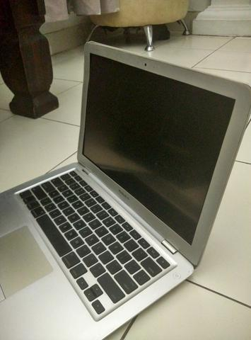 Macbook Air A1237 gen 1,HD 80GB ram 2 Gb, tawar ajah tuh...