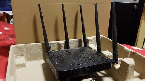 WTS : Wireless Router Tenda FH-1202 2nd