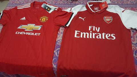 Jersey Bola Manchester United & Arsenal