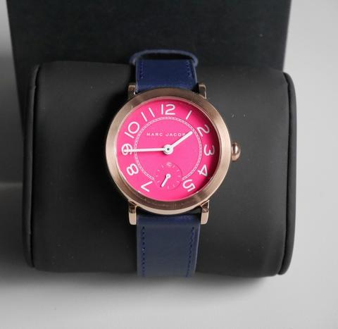 Marc Jacobs Riley Fuchsia Dial Ladies Leather Watch