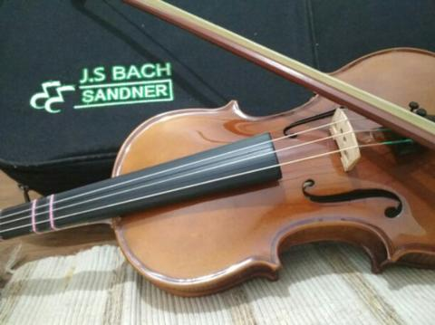Biola JS bach sandner made in germany