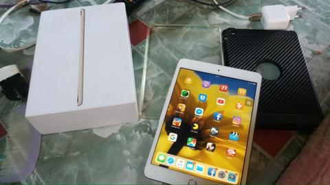ipad mini 3 wifi+celluler 64gb fullset mulus