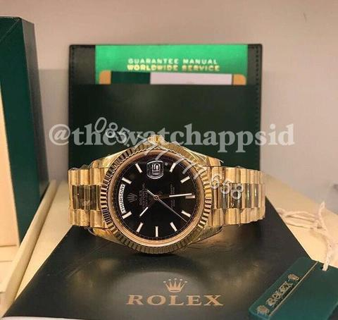 Rolex Daydate 40mm 228238 Black diagonal motif
