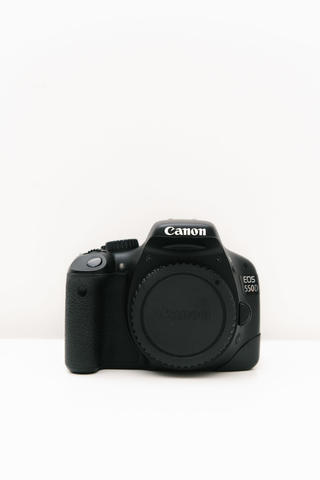 CANON 550D Kit Lens 18-55mm