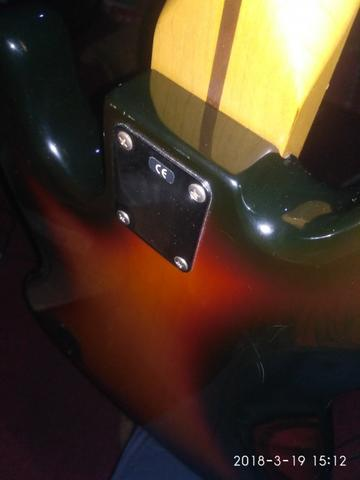 jazz bass fender mexico deluxe series 5 strings
