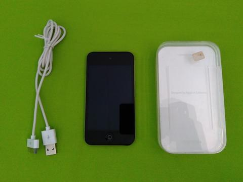 Ipod Touch 4 4th Generation 32 GB Black Murah Meriah Gan...