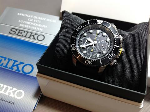 NEW - seiko ssc613 black dial rubber strap not citizen fossil