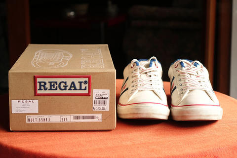 REGAL Canvas Lace Up Sneaker - Japan