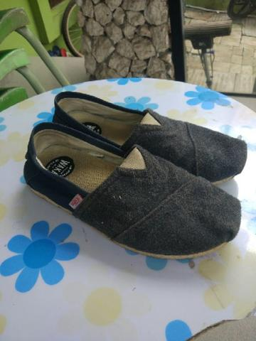 WAKAI SLIP ON NAVY