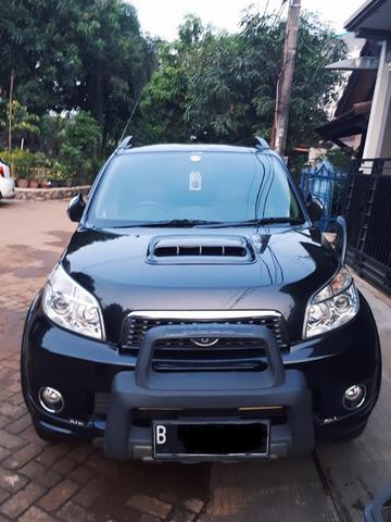 Toyota Rush S TRD M/T 2013 Black + Body, Velg Racing, & Full Sound System