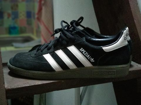 Adidas Handball Spezial Core Black/white/gum