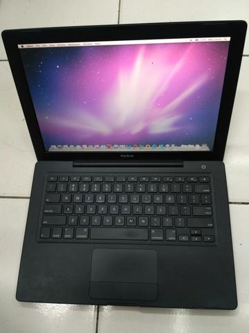Macbook Black - Intel Core 2 Duo (Model A1185)